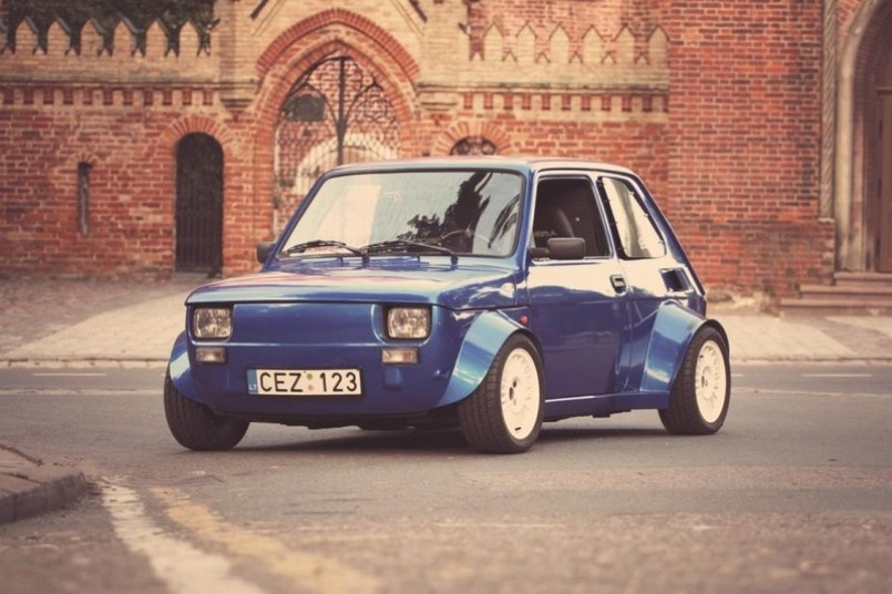 fiat 126p with honda vtec turbo engine swap video dpccars. Black Bedroom Furniture Sets. Home Design Ideas