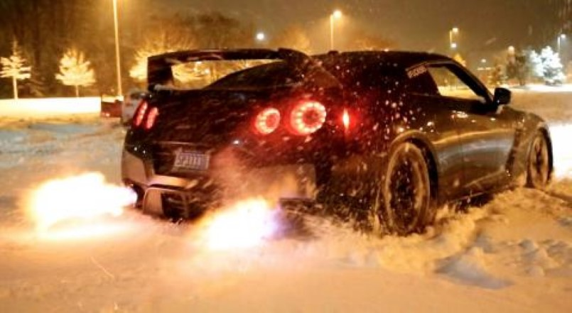 Off Road Mini Cooper >> GTR Snow Launch Control Shooting Flames – Video | DPCcars