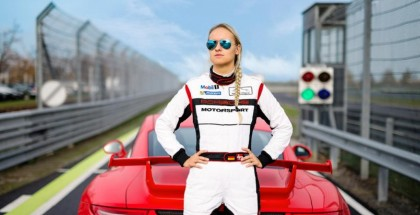 Michelle Gatting - Youngest pro racer in the Porsche Carrera Cup (2)