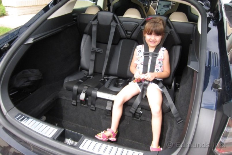 Police pull over Tesla Model S driver for having kids in the trunk
