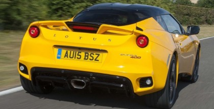 This is what a Lotus Evora 400 sounds like at full throttle (2)