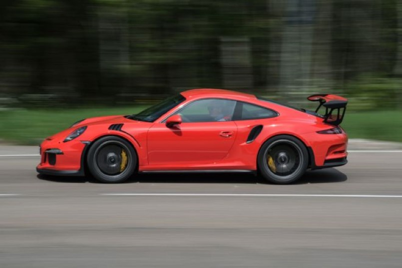 lava orange porsche 911 gt3 rs full throttle video dpccars. Black Bedroom Furniture Sets. Home Design Ideas