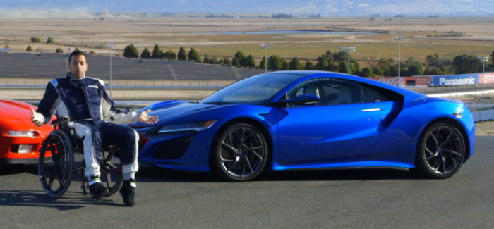 Motor Trend – 2017 Acura NSX Review – Video
