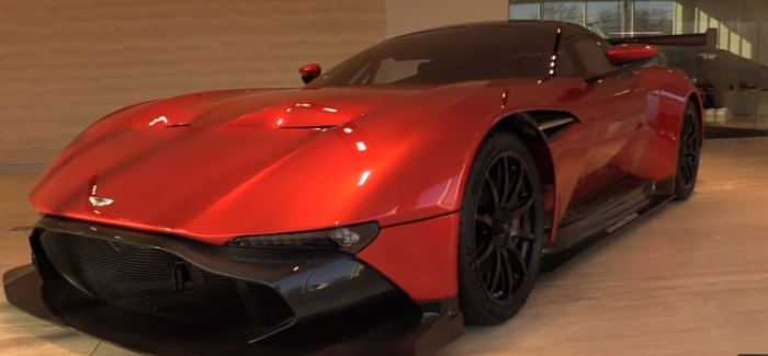 2016 Aston Martin Vulcan extreme close look and review (1)