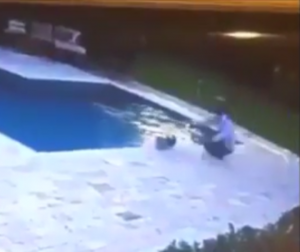 Hoverboard fail ends in pool (2)