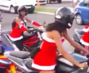 Lady santas Helpers on Motorcycles (2)