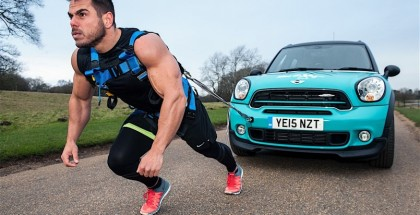 This guy wants to pull a car the entire length of a Marathon (8)