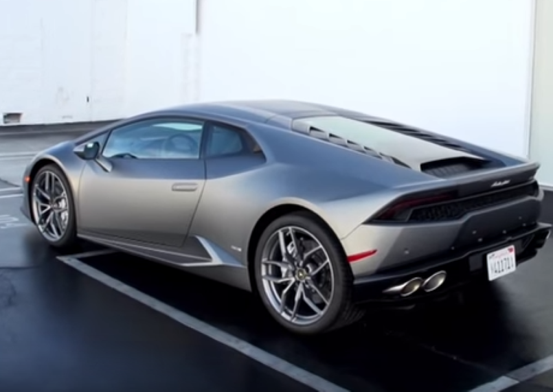 autobytel 2016 lamborghini huracan lp 610 4 review video dpccars. Black Bedroom Furniture Sets. Home Design Ideas