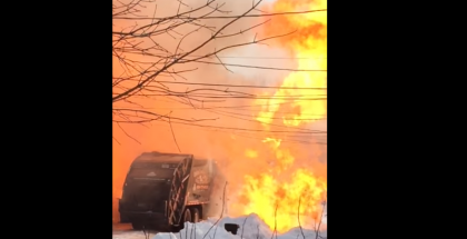 Garbage truck explodes due to natural gas tank leak (1)