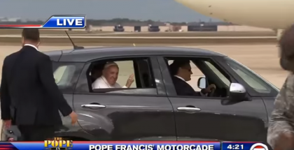 Pope Francis Fiat 500L sold for $82,000 (1)