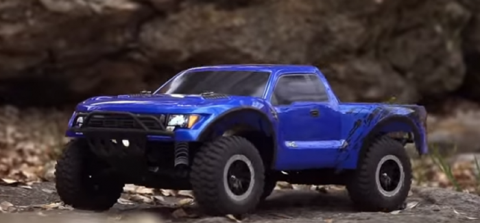 Rc Raptor Rodeo Traxxas Ford Video