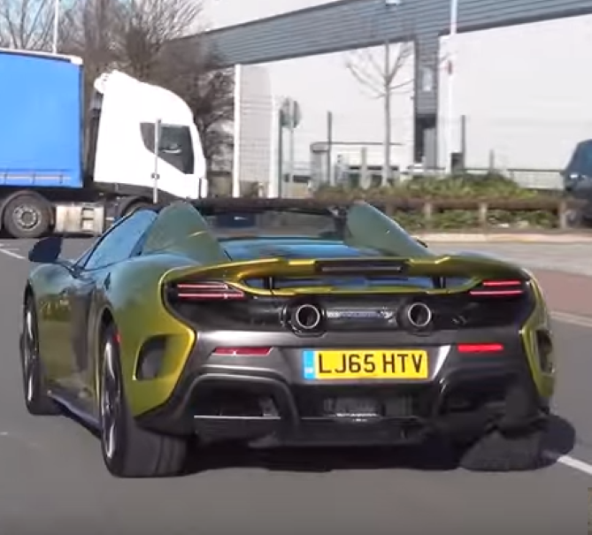 2017 McLaren 675 LT Spiders spotted on the road – Video | DPCcars