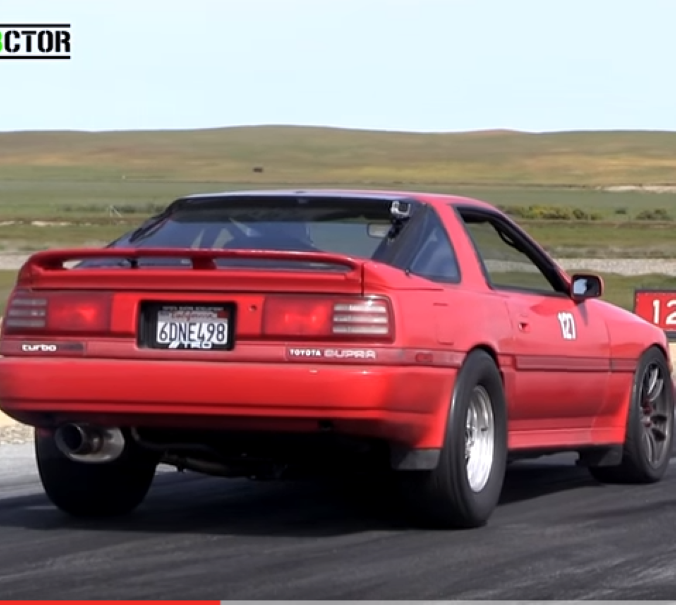 900hp Toyota Supra Vs 900hp Challenger Hellcat Video