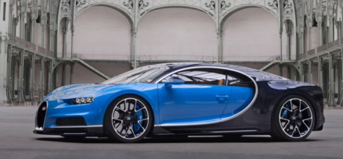 bugatti chiron vs bugatti veyron video dpccars. Black Bedroom Furniture Sets. Home Design Ideas