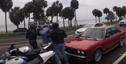 BMW Driver vs Motorcycle Riders Road Rage (1)