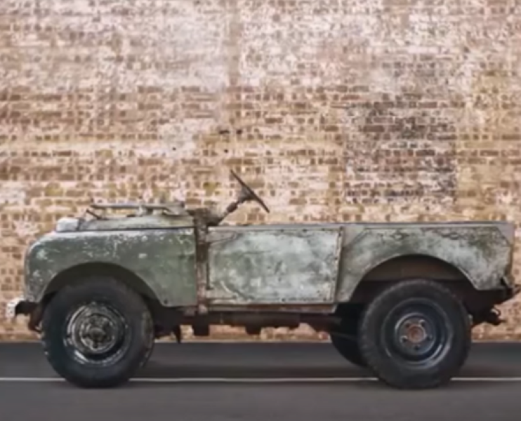 http://www.dpccars.com/blog/wp-content/uploads/2016/07/Classic-Land-Rover-Series-1-Restoration-2.png