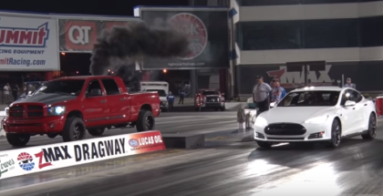 Drag Racing fun with Tesla P85D (1)