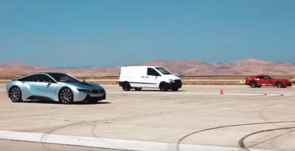 Drag Race - Electric Van vs Viper and BMW i8 (1)