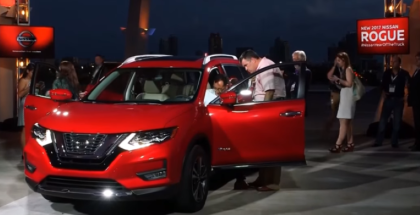 2017 Nissan Rogue Unveiling Test Drive and Motion Activated Liftgate (1)