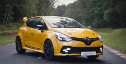 Epic and Funny Renault Clio R.S.16 Commercial (1)