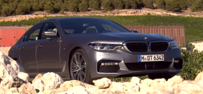 2017 bmw 5 series features and options video dpccars. Black Bedroom Furniture Sets. Home Design Ideas