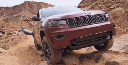 2017 Grand Cherokee Trailhawk off roading at Kane Creek (1)
