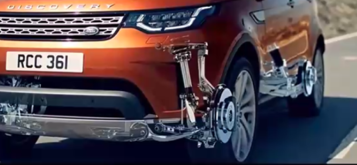 2017 Land Rover Discovery Off-Road Capabilities (1)
