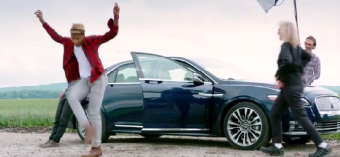 2017 Lincoln Continental With Photographer Annie Leibovitz Video