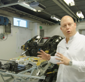 Koenigsegg Regera - Whats Under The Body (2)