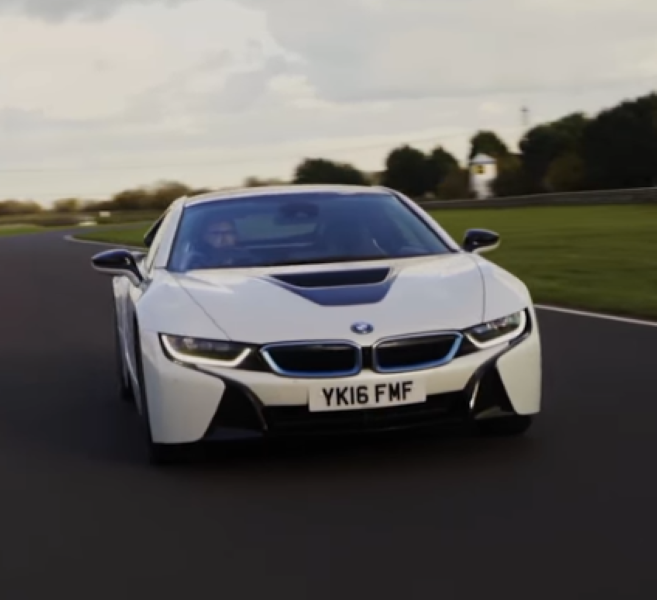 Honda NSX Vs BMW I8 – Video