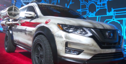 2017 Nissan Rogue At World Premiere of Rogue One A Star Wars Story (2)