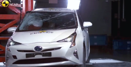 Crash Test Best in Class Cars of 2016 - Toyota Prius, Hyundai Ioniq, VW Tiguan (1)