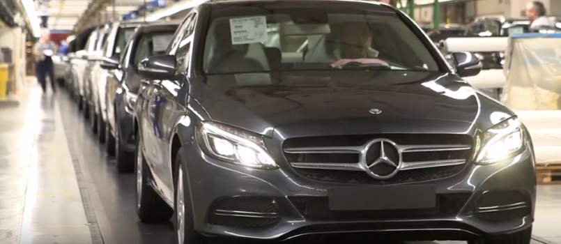 Mercedes c class w205 production factory plant video for Mercedes benz manufacturing plant in usa