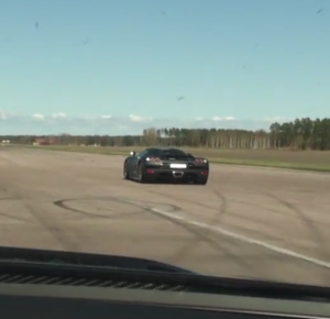 Mercedes SL65 AMG Black Series vs Koenigsegg CCR Evo (2)