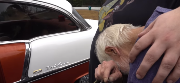 Youtuber buys grandpa his dream car – Video