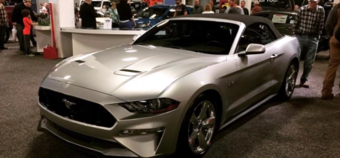 2018 Ford Mustang Gt Convertible Video