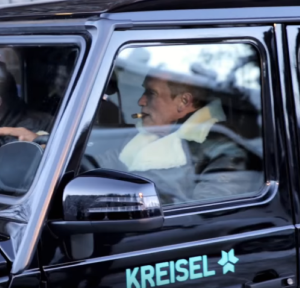 Arnold Schwarzenegger With KREISEL Electric Mercedes G-Wagon (2)