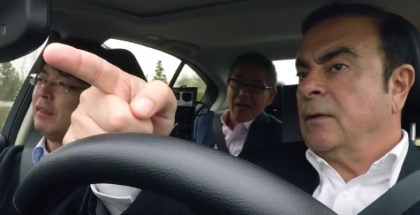 Carlos Ghosn In An Infiniti Autonomous Drive Car (1)