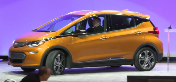 Chevrolet Bolt EV 2017 North American Car of the Year – Video