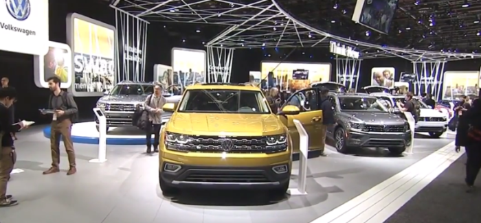 VW Display At Detroit Auto Show NAIAS 2017 – Video