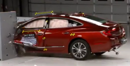 2017 Buick LaCrosse Crash Test (1)