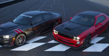 Dodge Charger Hellcat vs Challenger Hellcat Borla Exhaust Battle (1)