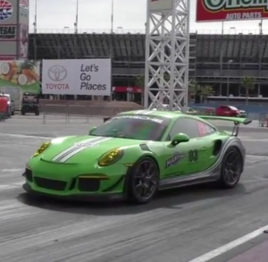 Drag Race - Porsche GT3RS vs Porsche GT3  (2)