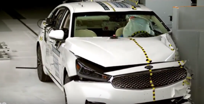 2017 Kia Cadenza Crash Test