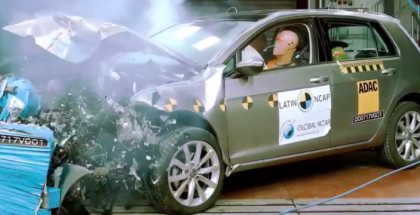 VW Golf VII 7 Crash Test - Volkswagen (1)