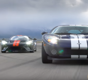 2017 Ford GT vs 2005 Ford GT Review (2)