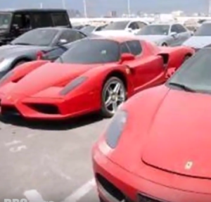 Abandoned Supercars & Expensive Cars In Dubai (2)
