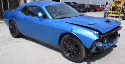 Crashed Dodge Challenger Hellcat With Only 18 Miles (1)