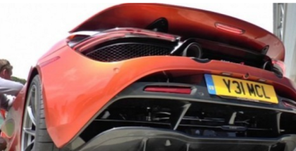 Hot Starting McLaren 720S Makes Awesome Exhaust Sound (1)