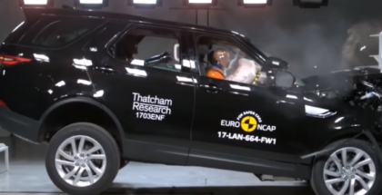 2017 Land Rover Discovery Crash Test